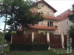Villa for rent in compound on Nguyen Van Huong Street: